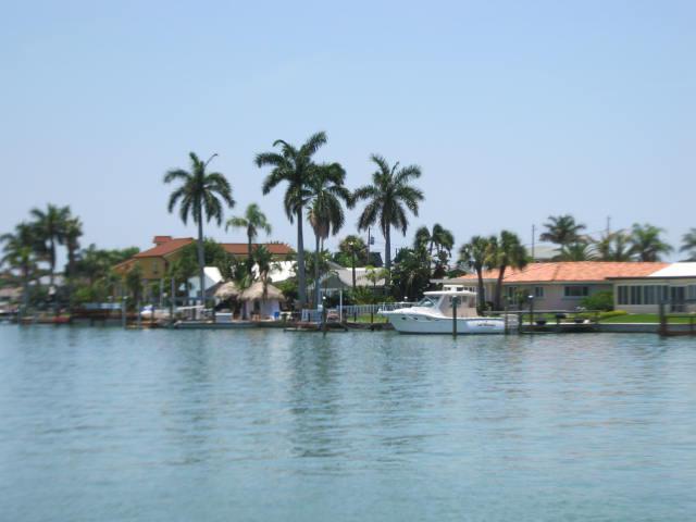 Yacht Club Estates
